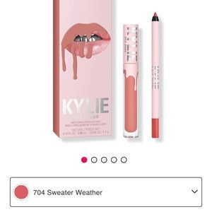 🦋NEW! Kylie Lip Kit Sweater Weather🦋